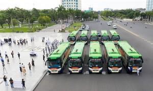 Quảng Nam khởi hành đoàn xe đi đón bà con ở TPHCM về quê