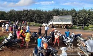 Xe tải tông trực diện xe 4 chỗ, 3 người tử vong