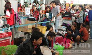 Hành khách dồn ứ, đông kỷ lục tại sân bay Đà Nẵng