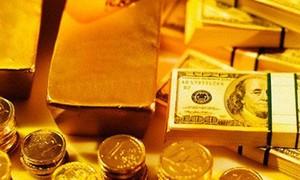 Giá vàng hôm nay 4-10: USD treo cao, vàng cắm đầu đi xuống