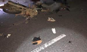 Hai xe máy đối đấu, 4 người tử vong, 2 người nguy kịch