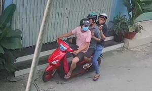 """Ba tên cướp giật túi hồ sơ chứa """"giấy báo tử"""" ở Sài Gòn bị bắt"""