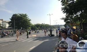 Xe đưa rước học sinh cán chết anh thợ hồ ở Sài Gòn