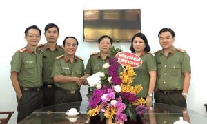 Báo Công an TPHCM chúc mừng ngày Nhà giáo Việt Nam
