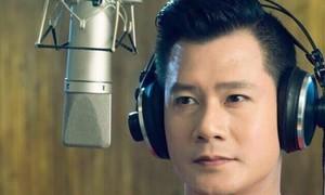 Quang Dũng hát 'Ngày về' chia sẻ, an ủi nỗi đau 39 nạn nhân