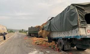 Xe quân đội tông đuôi xe container, một quân nhân tử vong