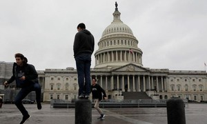 Hạ viện Mỹ thông qua gói ngân sách quốc phòng 738 tỷ USD