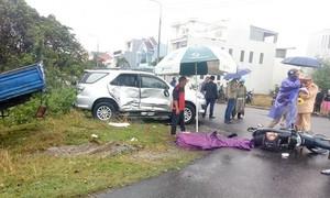 Cha chở hai anh em sinh đôi gặp tai nạn liên hoàn, 1 người tử vong