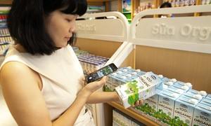 """Sữa tươi Organic của Vinamilk """"bắt sóng"""" người tiêu dùng Singapore"""