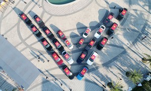 Gần 100 xe VinFast chinh phục địa đầu Tổ quốc