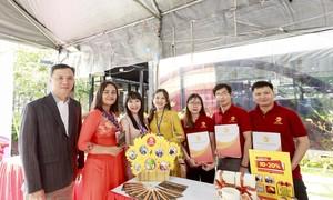 """Bảo hiểm Hùng Vương đồng hành cùng """"Hội chợ giao thương"""" Group QTvKN"""