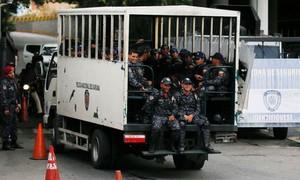 Ít nhất 29 người chết vì bạo loạn trong đồn cảnh sát Venezuela