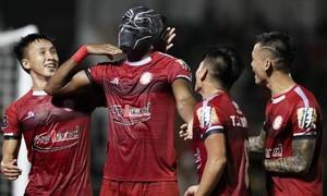 Clip trận CLB TPHCM thắng SLNA, hơn Hà Nội FC 5 điểm