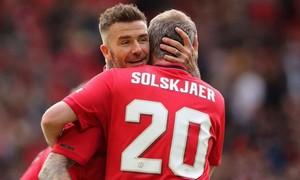 Clip trận Beckham tái xuất ghi bàn giúp MU thắng Bayern 5-0