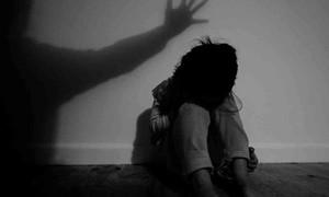 Bé gái 8 tuổi bị người đàn ông U70 xâm hại nhiều lần