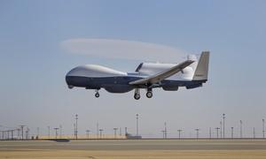 Iran tuyên bố bắn rơi máy bay không người lái của quân đội Mỹ