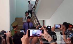 Xét xử Nguyễn Hữu Linh: Tòa trả hồ sơ yêu cầu điều tra bổ sung
