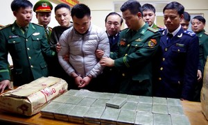 """Kỳ 1: Bóc gỡ hai đường dây ma túy """"khủng"""", thu 300kg ma túy """"đá"""" và 120 bánh heroin"""