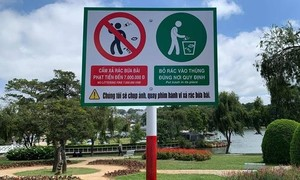 Đổ 20 túi rác thẳng xuống suối Cam Ly, công dân vô ý thức bị xử phạt