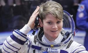 Nữ phi hành gia Mỹ bị cáo buộc phạm tội ngoài... không gian