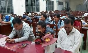 Triệt phá trường gà cận Tết bắt giữ 16 con bạc