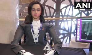 Ấn Độ công bố nữ rô bốt hỗ trợ các phi hành gia trong tương lai