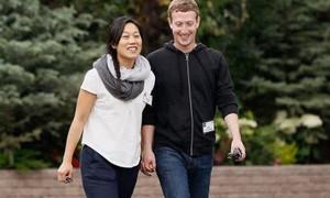 Ông trùm Facebook hỗ trợ 100 triệu USD cho bầu cử Mỹ