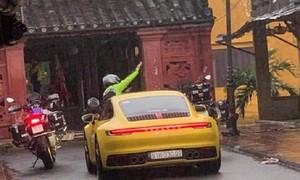 Truy tìm đoàn xe ô tô, mô tô ngang nhiên vào phố cổ Hội An