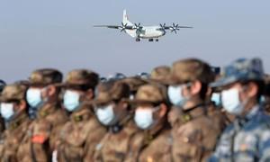 Trung Quốc điều thêm 1.200 quân y tới Vũ Hán