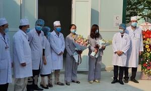 Hai bệnh nhân Covid-19 điều trị ở phòng khám tại Vĩnh Phúc xuất viện