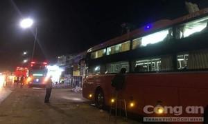 """Đồng Nai: Xe khách giường nằm liên tiếp bị """"khủng bố"""", hành khách hoảng sợ"""