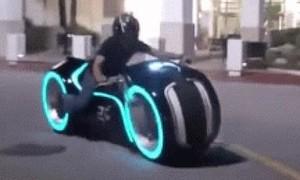 Clip môtô điện bánh không trục, sạc 35 phút, chạy 161km