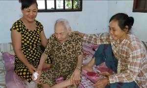 Lời khai của cặp vợ chồng ngược đãi, bạo hành mẹ già 88 tuổi