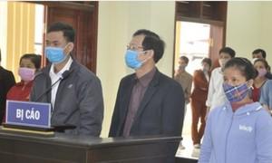 Xác nhận khống tiền đền bù mặt bằng, chủ tịch xã lãnh 3 năm tù