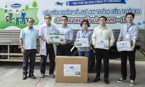 """Nhân viên Vinamilk """"góp bước đi"""" để gây quỹ giúp gần 6.000 trẻ em"""