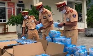 Chuyển 75.000 chiếc khẩu trang bị tạm giữ cho nhân dân sử dụng