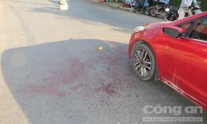 Người đàn ông đi ôtô bị chém đứt lìa tay ở Sài Gòn