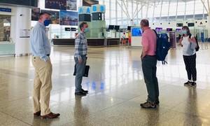 Bác thông tin đại sứ Anh khuyến cáo công dân rời khỏi Việt Nam