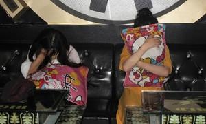 10 thanh niên dương tính ma túy trong quán karaoke giữa cao điểm dịch Covid-19