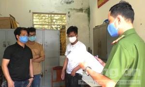 """Đánh sập sòng xóc đĩa """"khủng"""" tại Đà Nẵng giữa cao điểm dịch bệnh"""