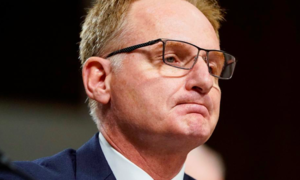 Quyền Bộ trưởng Hải quân Mỹ từ chức vì bị chỉ trích