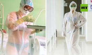 Nhiều người Nga mặc đồ lót ủng hộ nữ y tá
