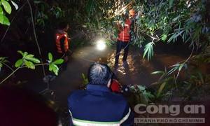 Bình Dương: Tắm mưa, bé trai 4 tuổi rơi xuống mương nước mất tích