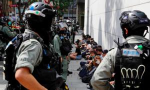"""Hong Kong cảnh báo Mỹ xoá vị thế đặc biệt là """"con dao hai lưỡi"""""""