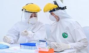 Trên 6 triệu ca mắc COVID-19, hơn 367.000 người tử vong