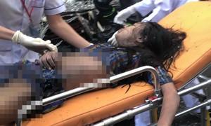 """Cảnh sát PCCC TPHCM cứu 7 người trong """"biển lửa"""""""