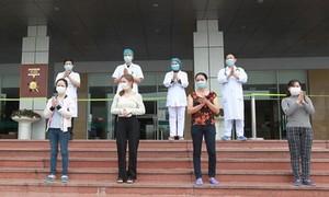 Thêm 4 bệnh nhân COVID-19 xuất viện
