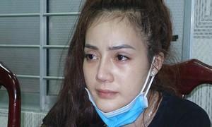 """""""Hotgirl"""" vận chuyển thuê gần 4kg ma túy từ Campuchia về TPHCM"""