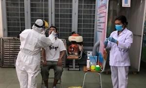 TPHCM: Còn 866 trường hợp về từ Đà Nẵng đang chờ kết quả xét nghiệm