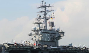 Mỹ điều 2 tàu sân bay đến Biển Đông giữa lúc Trung Quốc tập trận